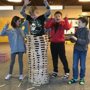 09: Bauen mit Kapla – Wer hat's erfunden? – Beitrag der 4.Klasse